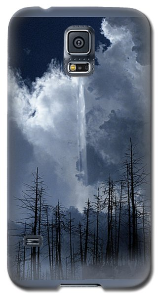 Galaxy S5 Case featuring the photograph 4404 by Peter Holme III