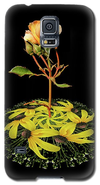 Galaxy S5 Case featuring the photograph 4407 by Peter Holme III
