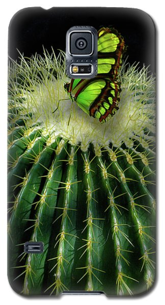 Galaxy S5 Case featuring the photograph 4409 by Peter Holme III