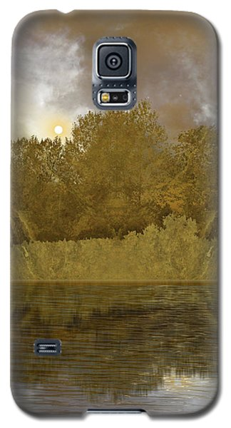 Galaxy S5 Case featuring the photograph 4411 by Peter Holme III