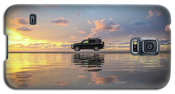 4wd Vehicle And Stunning Sunset Reflections On Beach Galaxy S5 Case