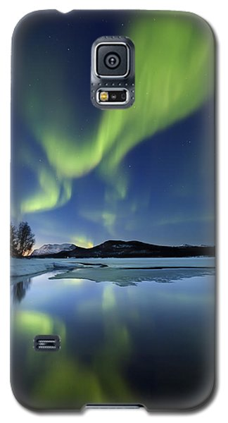 Aurora Borealis Over Sandvannet Lake Galaxy S5 Case
