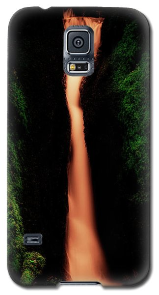 Galaxy S5 Case featuring the photograph Dollar Glen In Clackmannanshire by Jeremy Lavender Photography