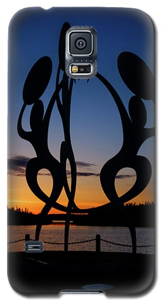 United In Celebration Sculpture At Sunset 1 Galaxy S5 Case by John McArthur