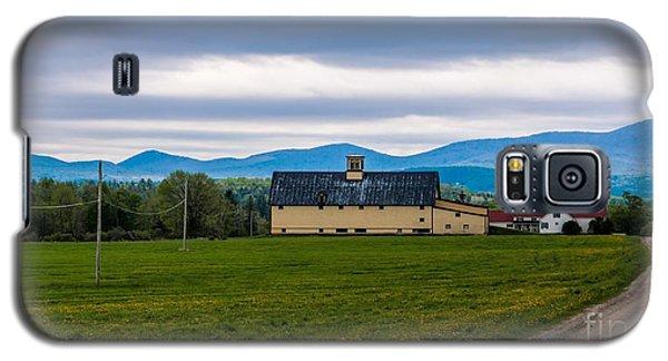 Vermont Dairy Farm Galaxy S5 Case