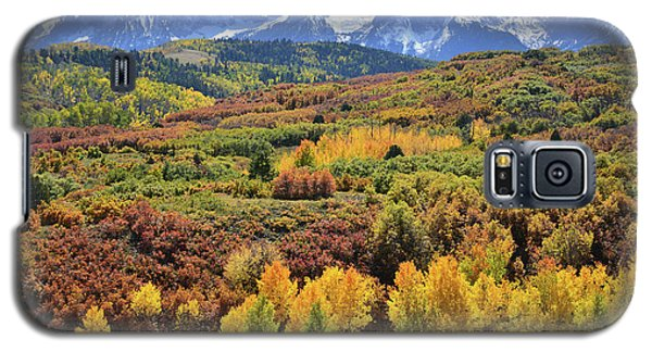 Galaxy S5 Case featuring the photograph Dallas Divide by Ray Mathis