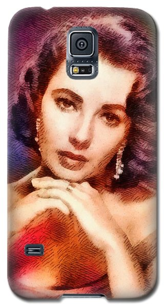 Elizabeth Taylor, Vintage Hollywood Legend Galaxy S5 Case by John Springfield
