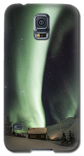 Galaxy S5 Case featuring the photograph Aurora Borealis by Frodi Brinks