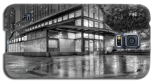72nd Street Subway Station Bw Galaxy S5 Case by Jerry Fornarotto