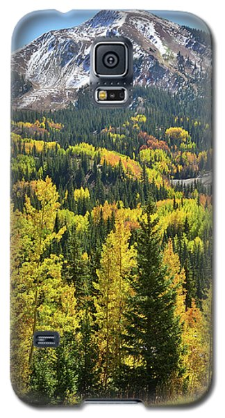 Galaxy S5 Case featuring the photograph Red Mountain Pass by Ray Mathis