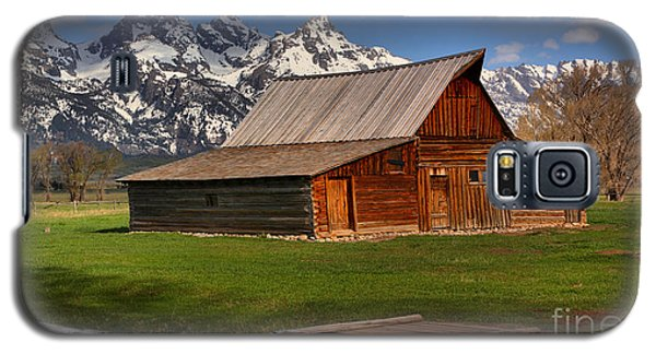 A Barn In The Tetons Galaxy S5 Case by Adam Jewell