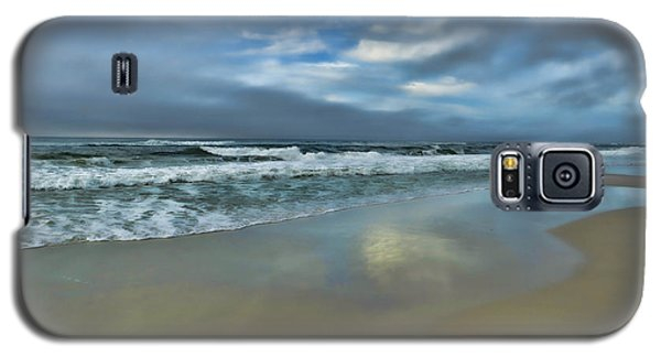 Galaxy S5 Case featuring the photograph A Beautiful Day by Renee Hardison