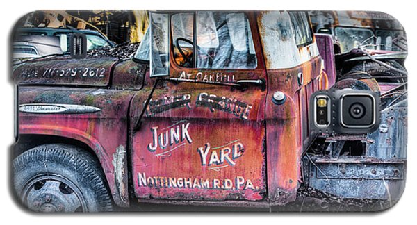 A Beautiful Rusty Old Tow Truck Galaxy S5 Case