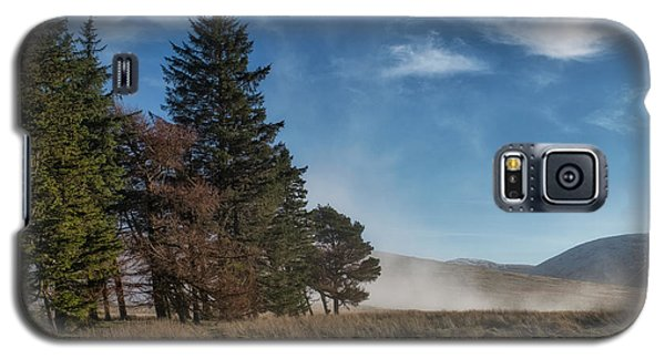 Galaxy S5 Case featuring the photograph A Beautiful Scottish Morning by Jeremy Lavender Photography