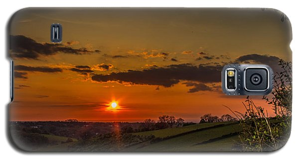 A Beautiful Sunset Over The Surrey Hills Galaxy S5 Case
