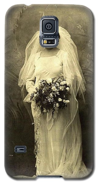 A Beautiful Vintage Photo Of Coloured Colored Lady In Her Wedding Dress Galaxy S5 Case