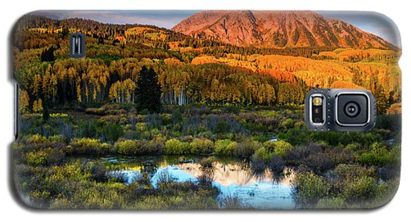Galaxy S5 Case featuring the photograph A Beckwith Morning by John De Bord