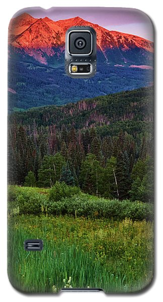 Galaxy S5 Case featuring the photograph A Beckwith Sunrise by John De Bord