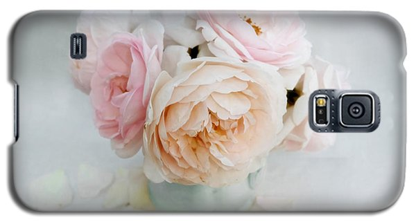 A Bouquet Of June Roses Galaxy S5 Case by Louise Kumpf