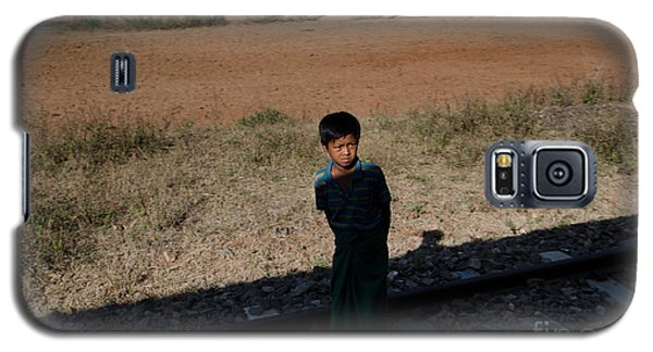 A Boy In Burma Looks Towards A Train From The Shadows Galaxy S5 Case