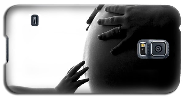 A Child's Reach To A Future Sibling Galaxy S5 Case by Darcy Michaelchuk