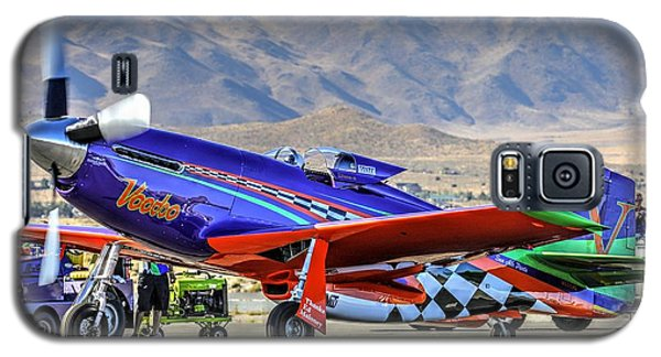 A Closer Look At Voodoo Engine Start Sundays Unlimited Gold Race Galaxy S5 Case