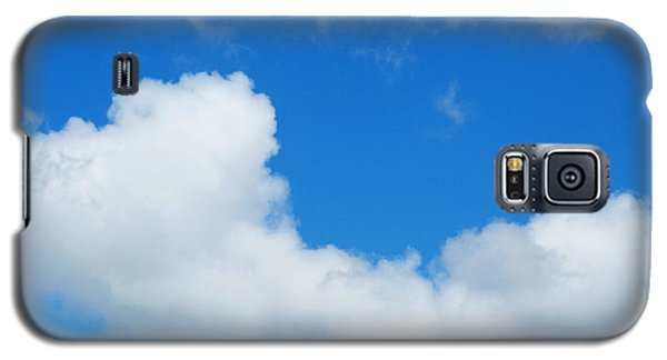 Galaxy S5 Case featuring the photograph A Cloud For You by Gwyn Newcombe