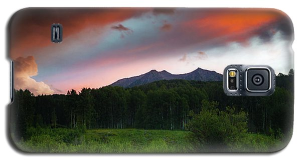 Galaxy S5 Case featuring the photograph A Colorado Mountain Sunset by John De Bord