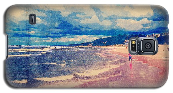 Galaxy S5 Case featuring the photograph A Day At The Beach by Phil Perkins