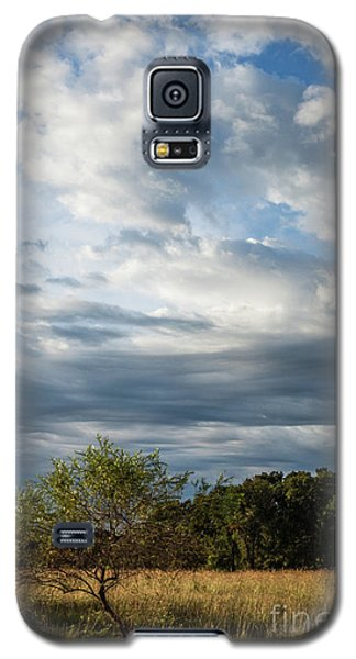 Galaxy S5 Case featuring the photograph A Day In The Prairie by Iris Greenwell