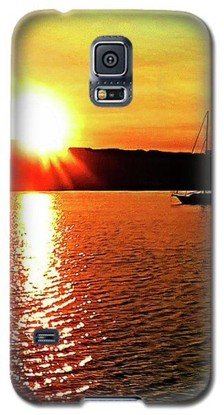 A Early Springtime Visit To Mystic Village In M Galaxy S5 Case