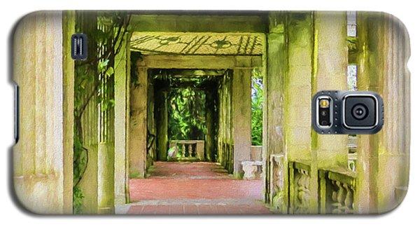 A Garden House Entryway. Galaxy S5 Case