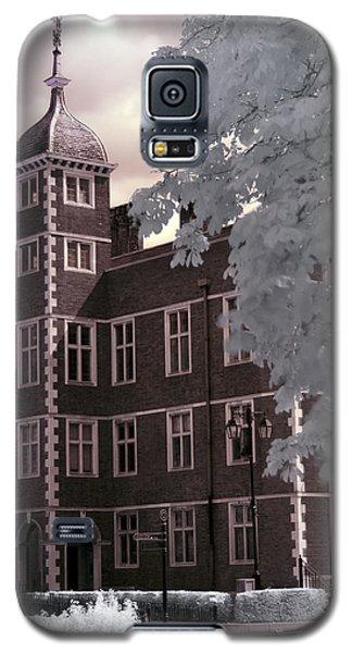 A Glimpse Of Charlton House, London Galaxy S5 Case