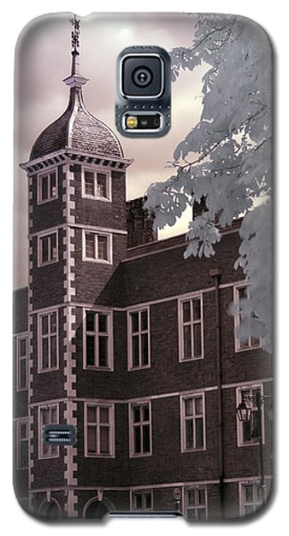 A Glimpse Of Charlton House, London Galaxy S5 Case