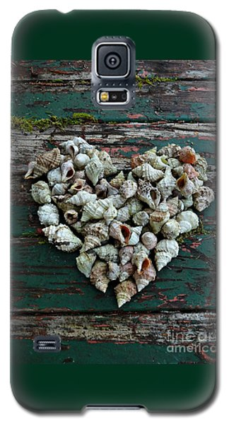 A Heart Made Of Shells Galaxy S5 Case by Patricia Strand