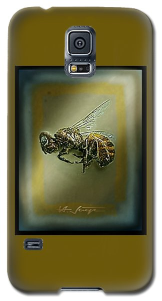 A Humble Bee Remembered Galaxy S5 Case