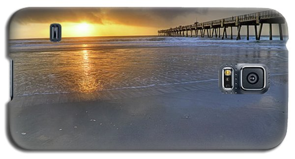 A Jacksonville Beach Sunrise - Florida - Ocean - Pier  Galaxy S5 Case