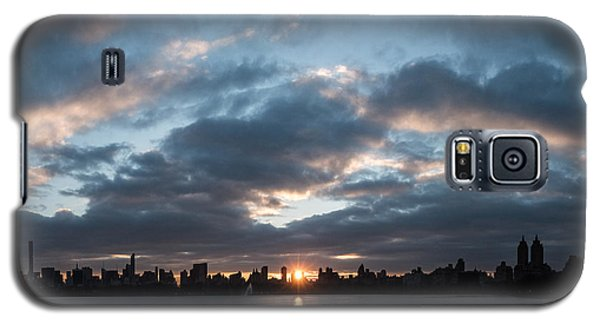 A Manhattan Sunset Galaxy S5 Case by Cornelis Verwaal