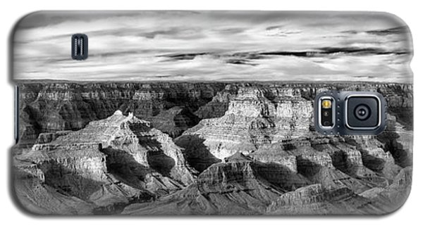 Galaxy S5 Case featuring the photograph A Maze by Jon Glaser