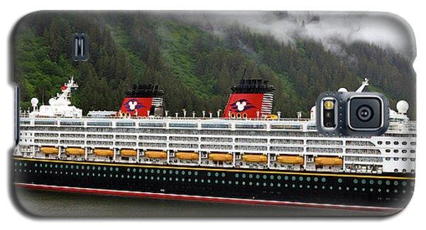 A Mickey Mouse Cruise Ship Galaxy S5 Case