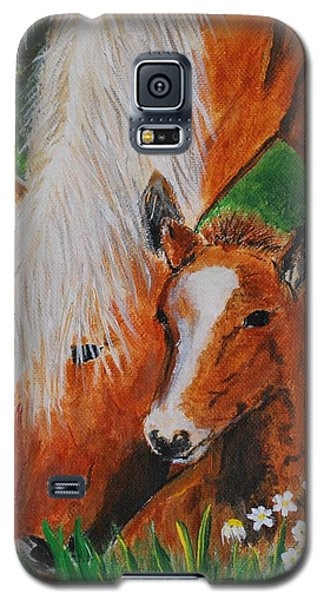 Galaxy S5 Case featuring the painting A Mothers Love by Leslie Allen