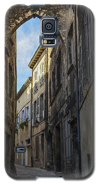 Galaxy S5 Case featuring the photograph A Narrow Street In Viviers by Allen Sheffield