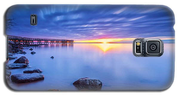 Galaxy S5 Case featuring the photograph A New Dawn by Edward Kreis