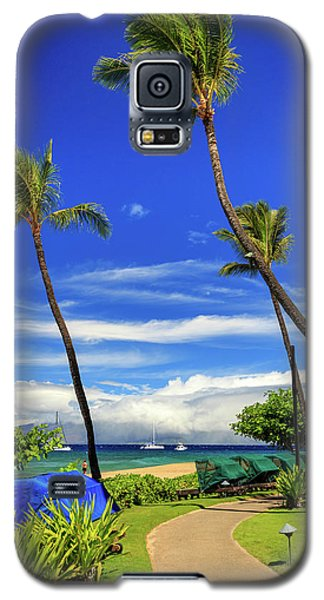 Galaxy S5 Case featuring the photograph A Path In Kaanapali by James Eddy