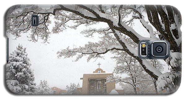 Sangre De Cristo Galaxy S5 Case - A Peaceful Winter Scene by Ralph Lee Hopkins