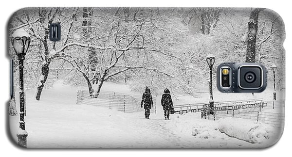 A Ramble In The Snow Galaxy S5 Case by Cornelis Verwaal