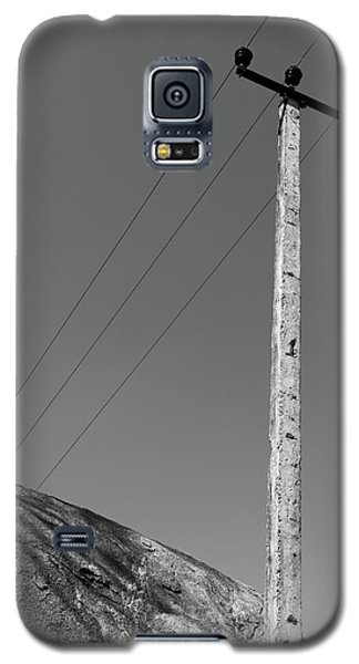 Galaxy S5 Case featuring the photograph A Rock And A Pole, Hampi, 2017 by Hitendra SINKAR