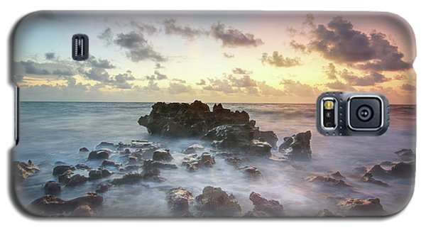 Galaxy S5 Case featuring the photograph A Rocky Sunrise. by Evelyn Garcia