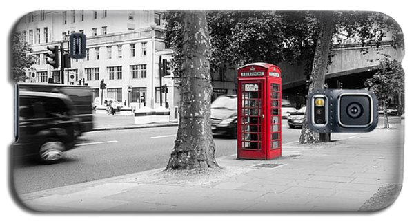 A Single Red Telephone Box On The Street Bw Galaxy S5 Case