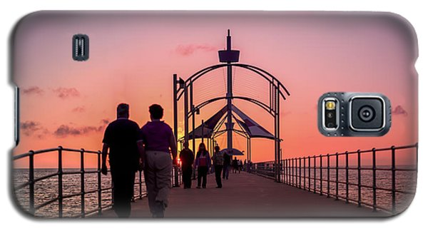A Stroll Along Sunset Pier Galaxy S5 Case